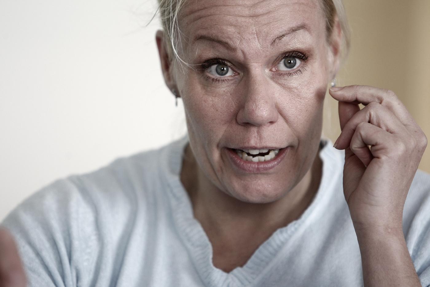 – Vi har bättre insyn i parlamentets utskottsarbete än i svenska riksdagen. Men i ministerrådet finns ingen insyn. Det finns heller inget remissförfarande i EU. Det här är vår enda på påverkansmöjlighet. Lobbyismen är en smutsig byk, men det enda sättet att påverka, säger Åsa Törnlund, svenska facklig samordnare gentemot EU-parlamentet. Foto: Tomas Nyberg