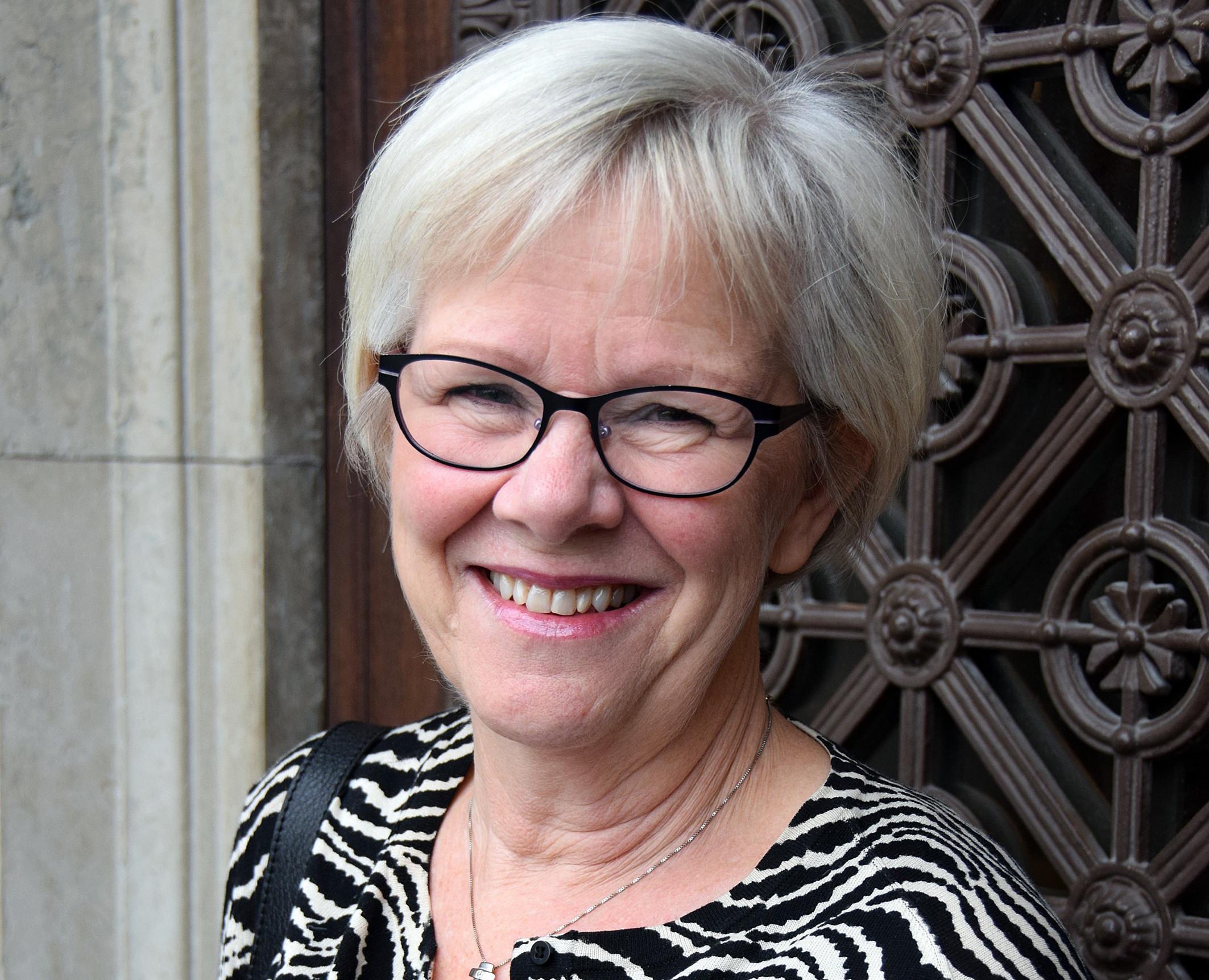 Wanja Lundby-Wedin, tidigare LO-ordförande, återinviger på lördagen den 23 augusti minnesmärket efter Sundsvallsstrejken 1879. Under mandatperioden 2014-2017 är hon nu 1:e vice ordförande i kyrkostyrelsen. Foto: Ewa Almqvist/IKON