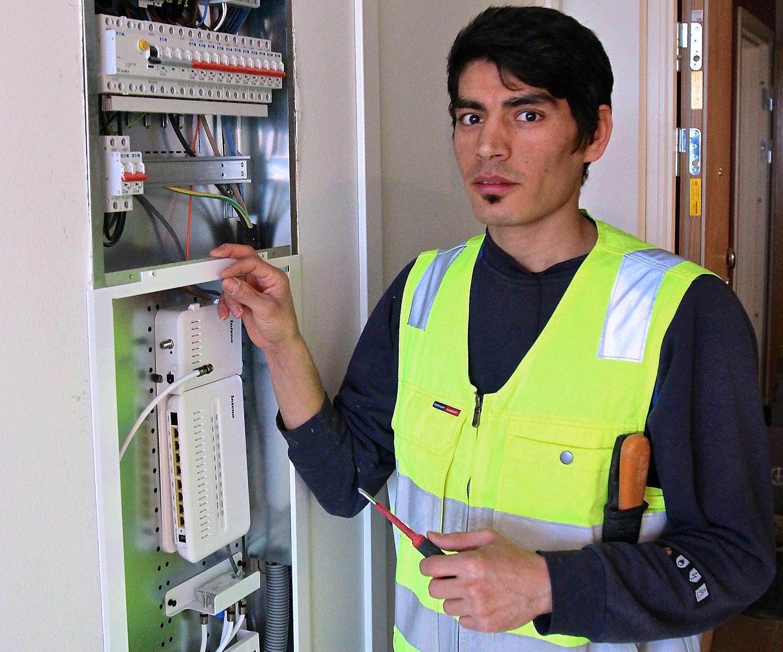 Ibrahim Husseini arbetar
