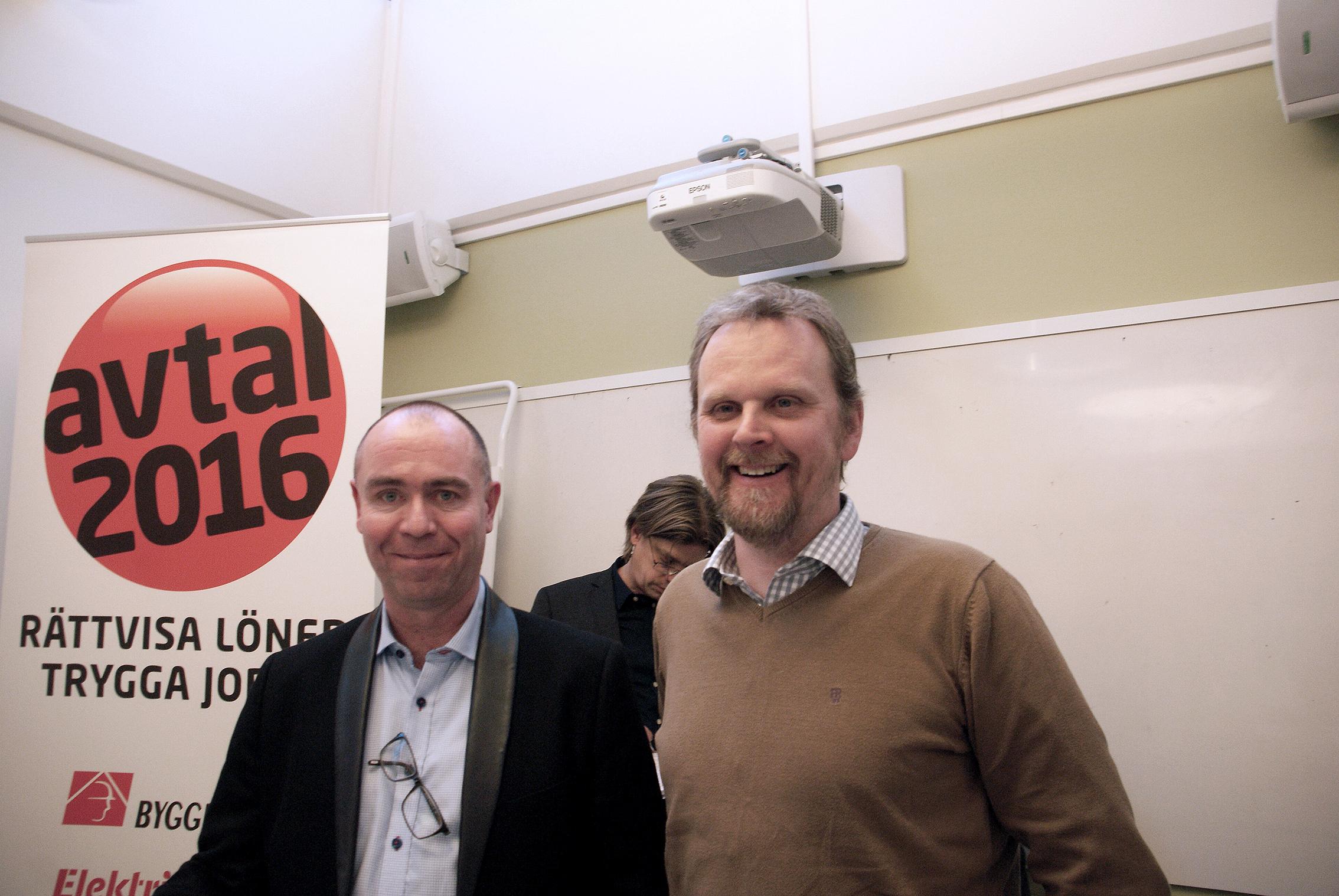 Jonas Wallin, förbundsorförande Elektrikerförbundet och Urban Pettersson, förhandlingschef Elektrikerförbundet. Foto: Per Eklund