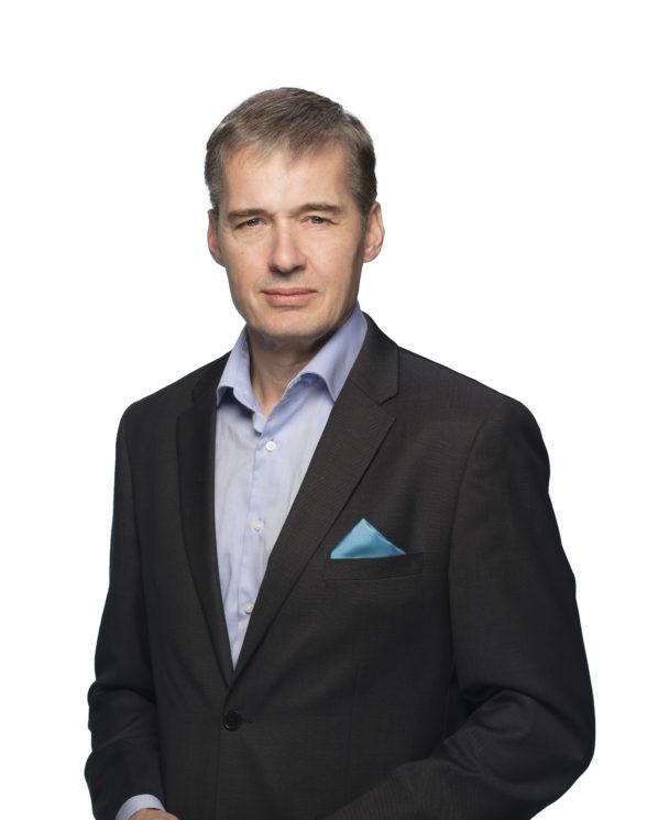 Juha Mennander vd, Caverion Sverige