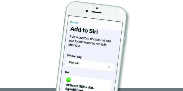 En mobiltelefon med appen öppen