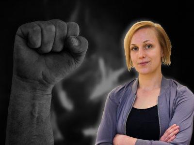 EN bild på Louise Olsson monterad över en bild på en knuten näve