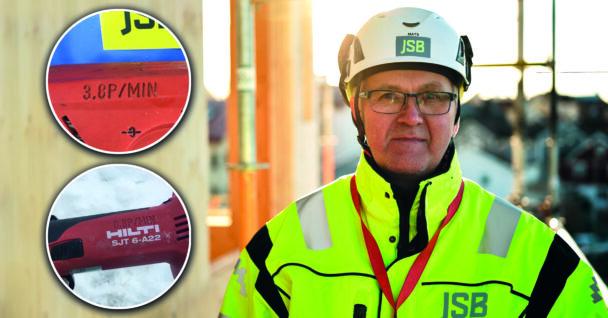 Mats Björnlund i gul reflexjacka och bygghjälm., med två bilder på maskiner med vibrationsmärkning monterade över